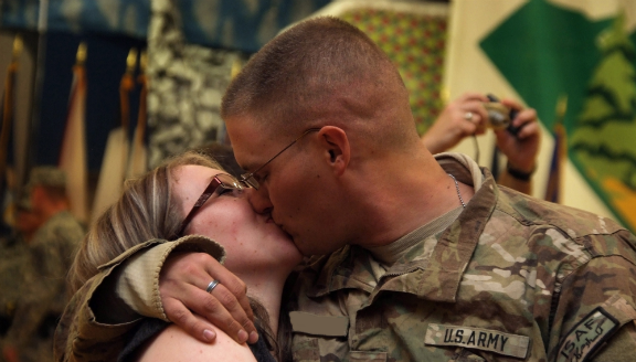 army-spouse-kissBLURRED