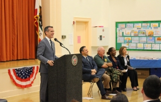 (photo/courtesy Richard Vladovic, LAUSD)